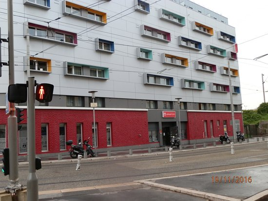 Appart c ty n ce akropol s picture of appart 39 city nice for Hotel appart nice