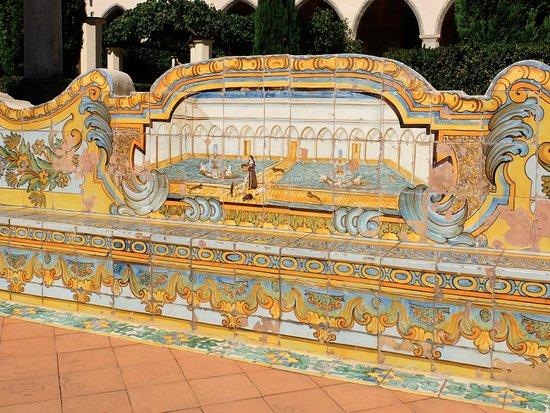 Maioliche nel chiostro - Foto di Complesso Monumentale di Santa ... c9dad2414a15