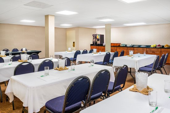 Cheverly, MD: Meeting Room and Group Breakfast