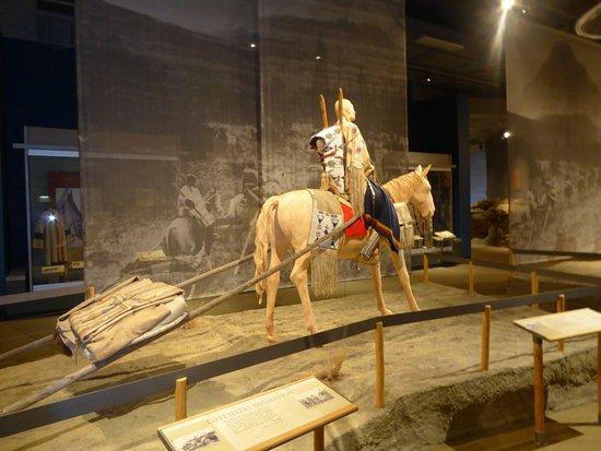 Museum of the Plains Indian: scène d'indiens
