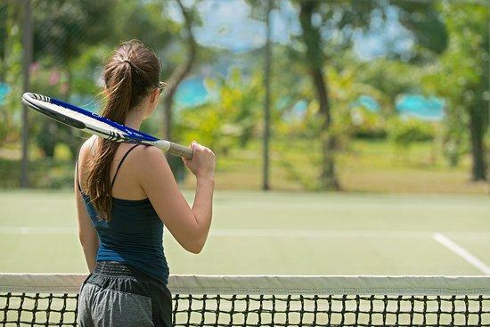 Petit St.Vincent: Tennis Court