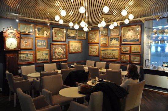 Lord Nelson Hotel: salon accueil et petit déjeuner