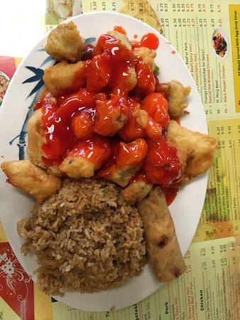 Rock Island, Ιλινόις: Lunch size portions are plentiful.