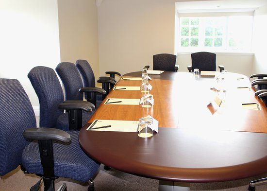 Dunchurch, UK : Meeting Room