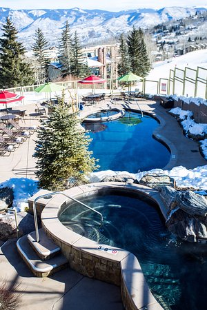 The Timberline Condominiums : Pool/Hot tub