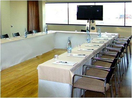Hotel & Spa Real Ciudad de Zaragoza: 642042 Meeting Room