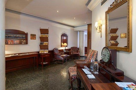Woluwe-St-Pierre, Bélgica: 623640 Lobby