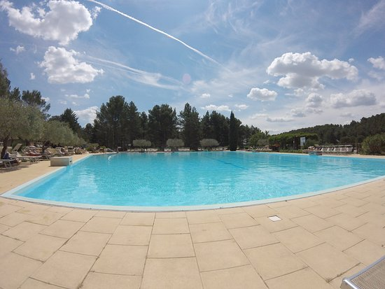 Domaine de belezy camping naturiste updated 2016 for Piscine paris naturiste
