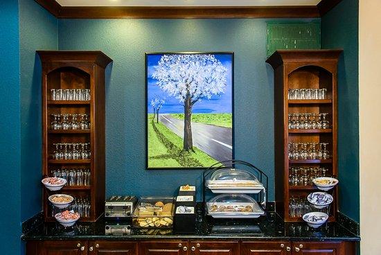 Staybridge Suites Houston / NASA - Clear Lake : Breakfast Bar