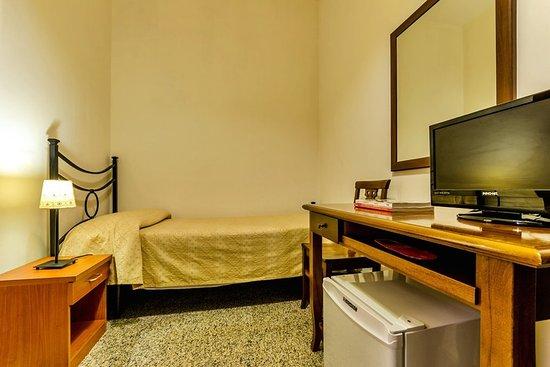 Hotel Antico Acquedotto: 653864 Guest Room