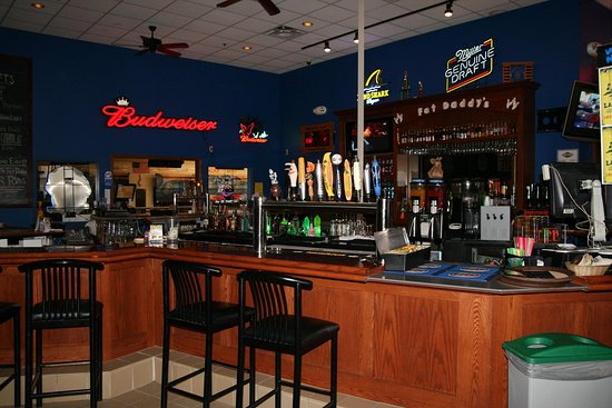 Alexandria, MN: Fat Daddy's Bar and Grill