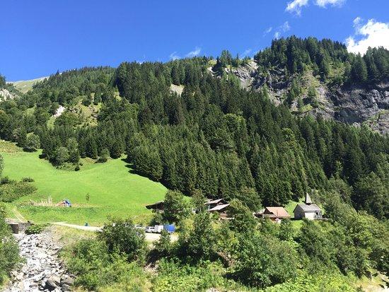 Pfaefers Dorf, สวิตเซอร์แลนด์: Der kleine Walserort Sankt Martin im Calfeisental