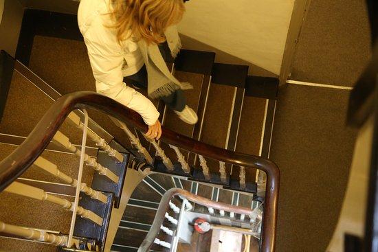 The Buttery Hotel: Las extrañas escaleras
