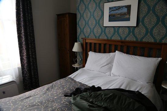 The Buttery Hotel: La cama