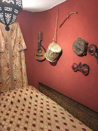 Riad Lune et Soleil: Coral room