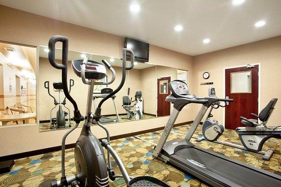 Le Roy, IL: 24hr Fitness Center