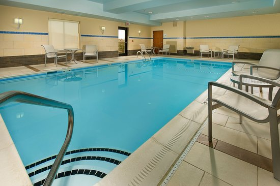 Holiday Inn Express Hotel & Suites Columbia East - Elkridge: Swimming Pool