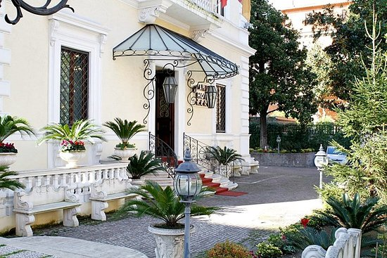 Photo of Hotel Villa Pinciana Rome