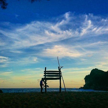 Pangi Beach