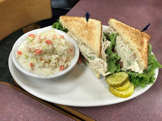 Greenacres, FL: Chicken Salad Sandwich