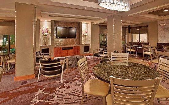 Holiday Inn Express Saint Robert-Fort Leonard Wood : Breakfast Area