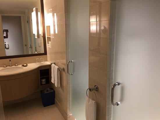 Hawaii Prince Hotel Waikiki: photo2.jpg