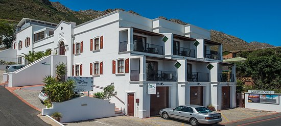 Gordon's Bay, South Africa: Berg en Zee balconies