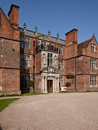 Castle Bromwich Hall Hotel: Exterior
