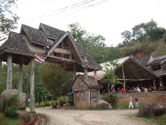 Golden Iyara Villa Photo