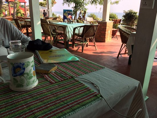Hill View Beach Resort: Beer in china mugs menu back and fronts, food pics. Tea in teapot btw (not beer!). General scene