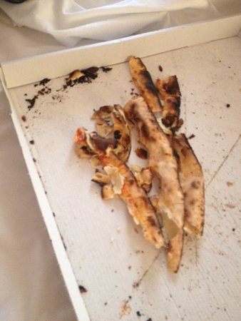 Le Blanc, France: pizza cramé