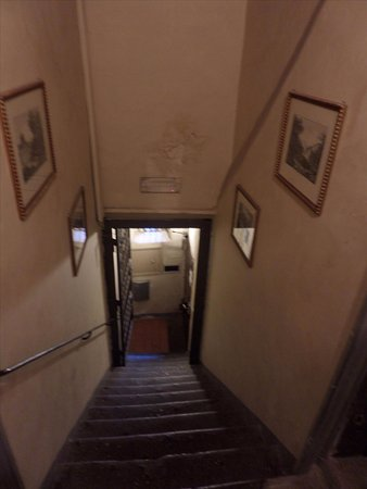 อันติกา ดิโมรา เดลลอร์โซ: Staircase to get to the rooms