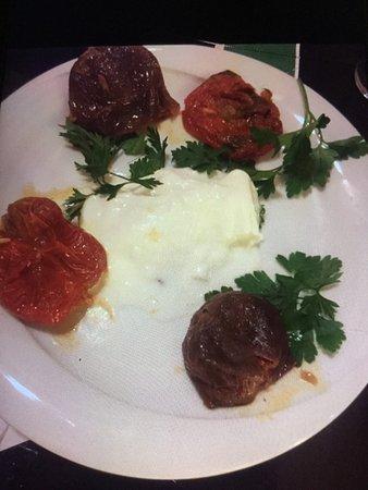 Asina Restaurant : photo2.jpg