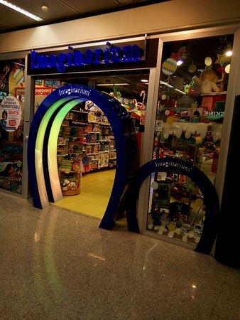 Fiumicino, Itálie: Ok, un magasin de jouets