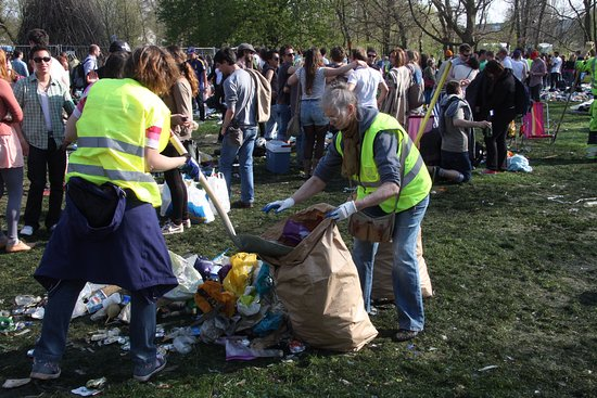 Lund, Sweden: And the elder generation cleans up; one can wonder for how long...