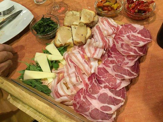 Taverna Mascalzone: antipasto