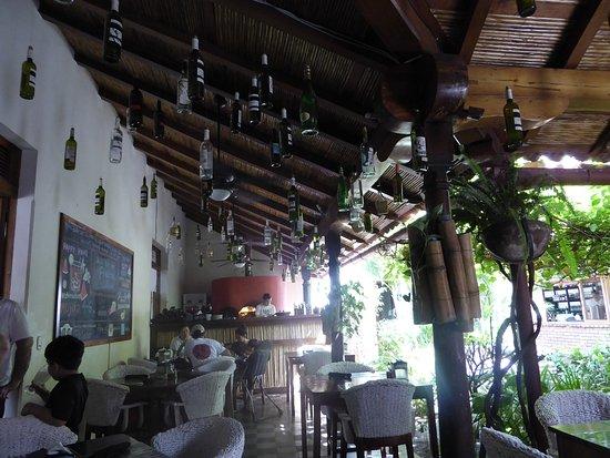 El Pizzaiol: Inside Pizzaiol