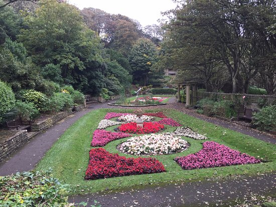 South Cliff Italian Gardens: Italian Gardens in October