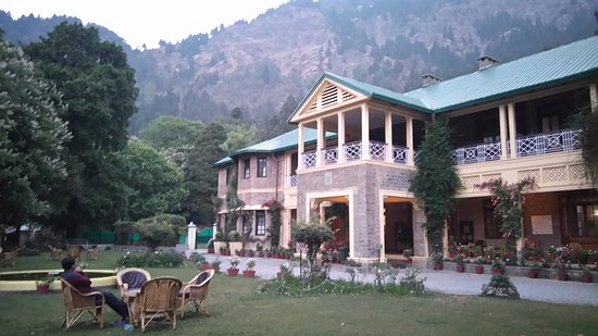 Entrance - Picture of Balrampur House, Nainital - Tripadvisor