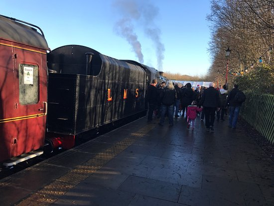 Ruddington, UK: Brilliant Santa Special. Great compartment trains and lovely staff