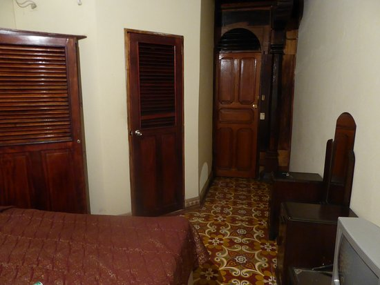 Casa San Martin : Big room with 2 beds