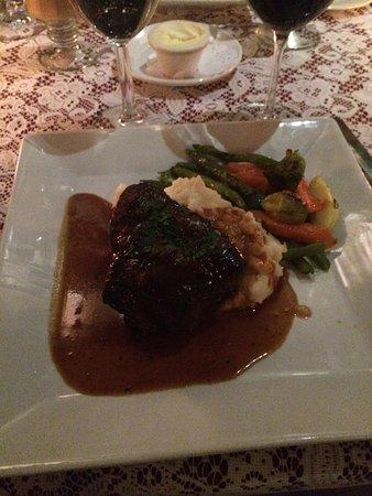 Rooney's Restaurant : photo1.jpg