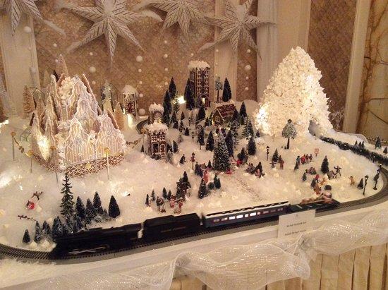 The Ritz-Carlton, Montreal: Christmas display