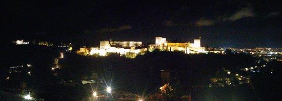 Mirador de San Nicolas: 20161217_204401_Pano_large.jpg