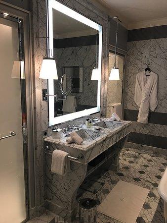 La Reserve Paris - Hotel and Spa: Room #403