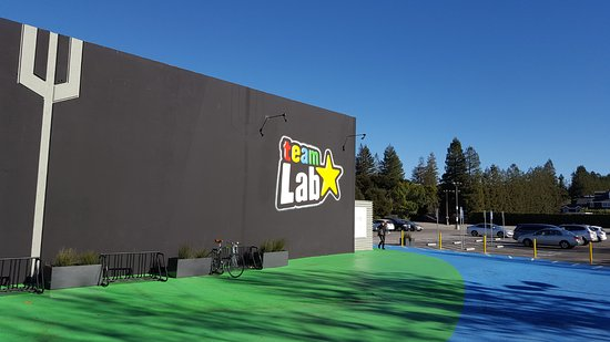 Menlo Park, Kalifornia: Second area called Team Lab - kid and adult whisical
