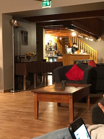 Chalet Rosset: Bar area and balcony views