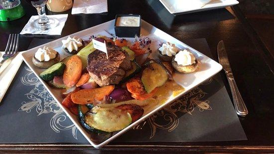 Murphy's Irish Pub & Garden Restaurant