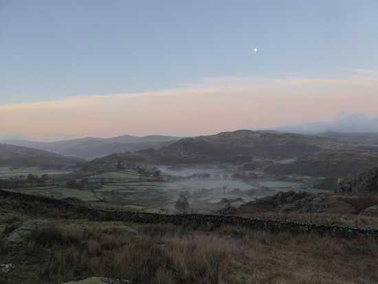 Newfield Inn: Dunnerdale before Sunrise in December