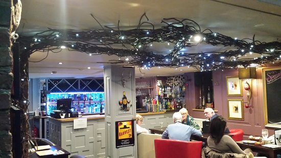 Wooler, UK: restaurant / lounge bar